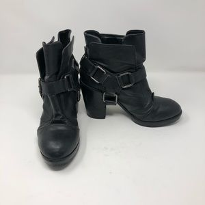 Dolcetta 'Harness' boot size 9